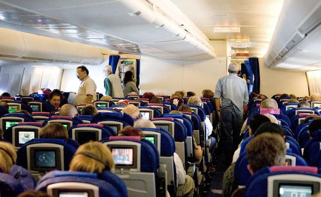 vận động trên các chuyến bay dài