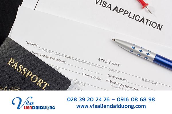 Cần chuẩn bị đầy đủ giấy tờ để nộp hồ sơ visa Mỹ thăm thân