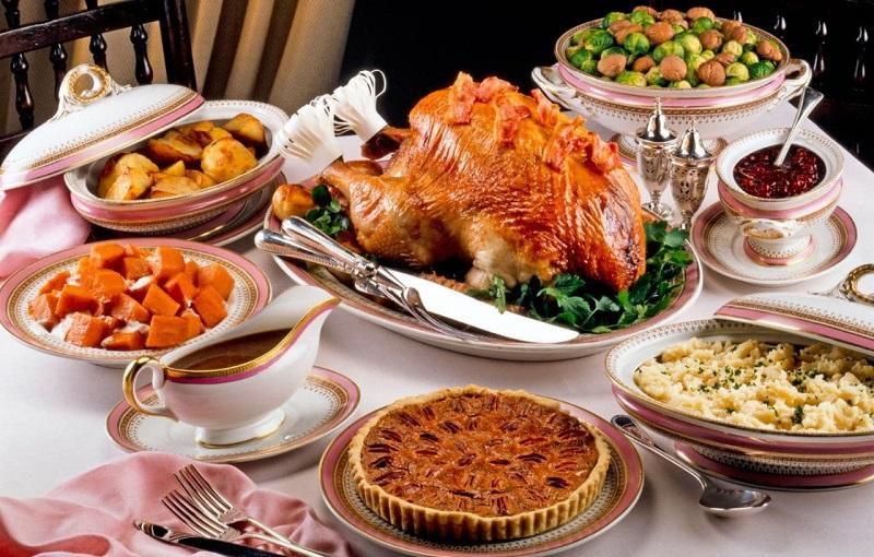 Dịch vụ gửi hàng đi Mỹ giá rẻ tại TpHCM: Sự đặc sắc trong những món ăn  truyền thống của người Mỹ