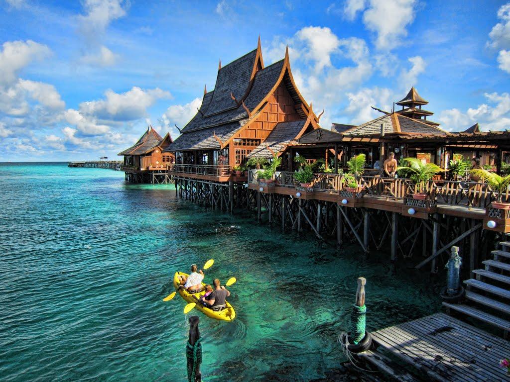 Những địa điểm không thể bỏ qua khi du lịch Indonesia - BestPrice